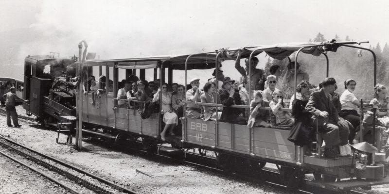 BRB_Touristen-in-Zug_Jahr-unbekannt